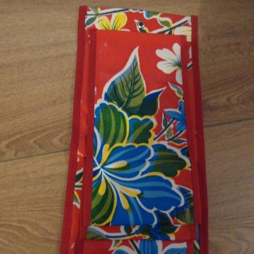 WC-rood-basic-bloemen