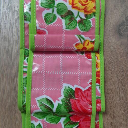 WC-roze-ruitjes-bloemen